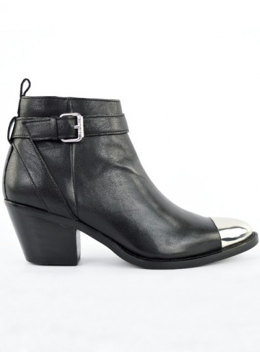 LEATHER TEXAS ANKLE BOOTS