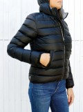 SHORT HOODED DOWN JACKET