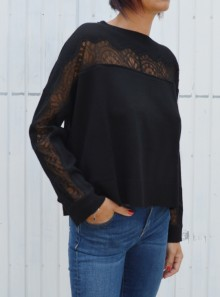 JUMPER WITH LACE INLAY