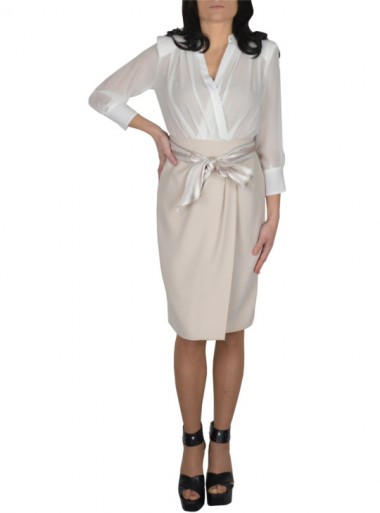 DRESS WITH TWO COLOUR SASH BELT