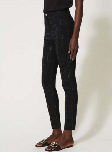 SKINNY JEANS WITH CRYSTALS