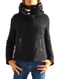 DOWN JACKET WITH A LACQUERED INTERIOR