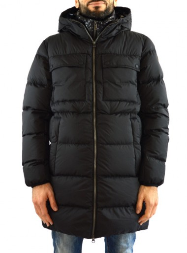 DOWN JACKET WITH A GLOSSY GILET