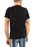 Fred Perry T-SHIRT CON STAMPA MEGA LOGO 3D M7515 - Tadolini Abbigliamento
