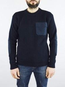 COTTON POCKET CREW NECK