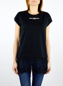 T-SHIRT WITH LACE INSERT