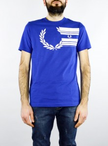 Fred Perry LAUREL WREATH GRAPHIC T-SHIRT - M7602 - Tadolini Abbigliamento